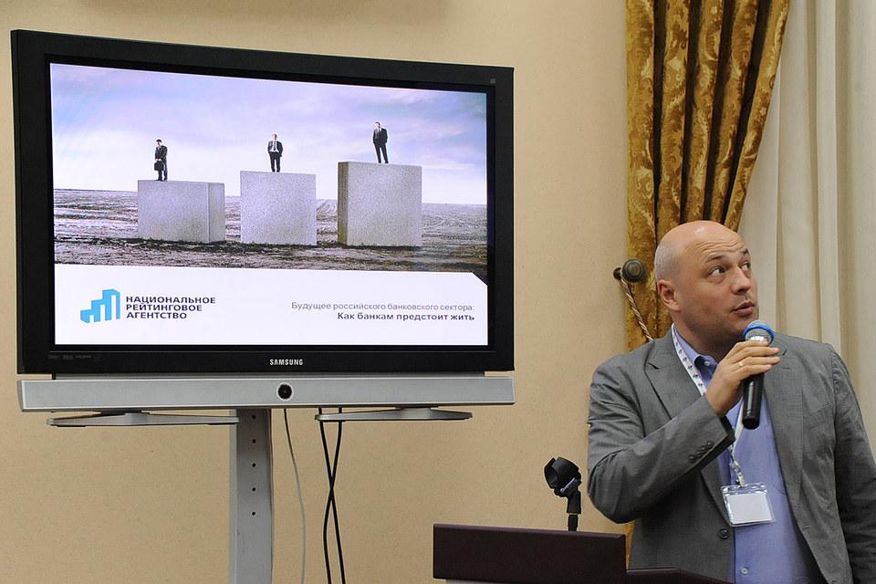По словам Марии Семеновой, аккредитацией агентства неправомерно пользуется Виктор Четвериков (на фото)