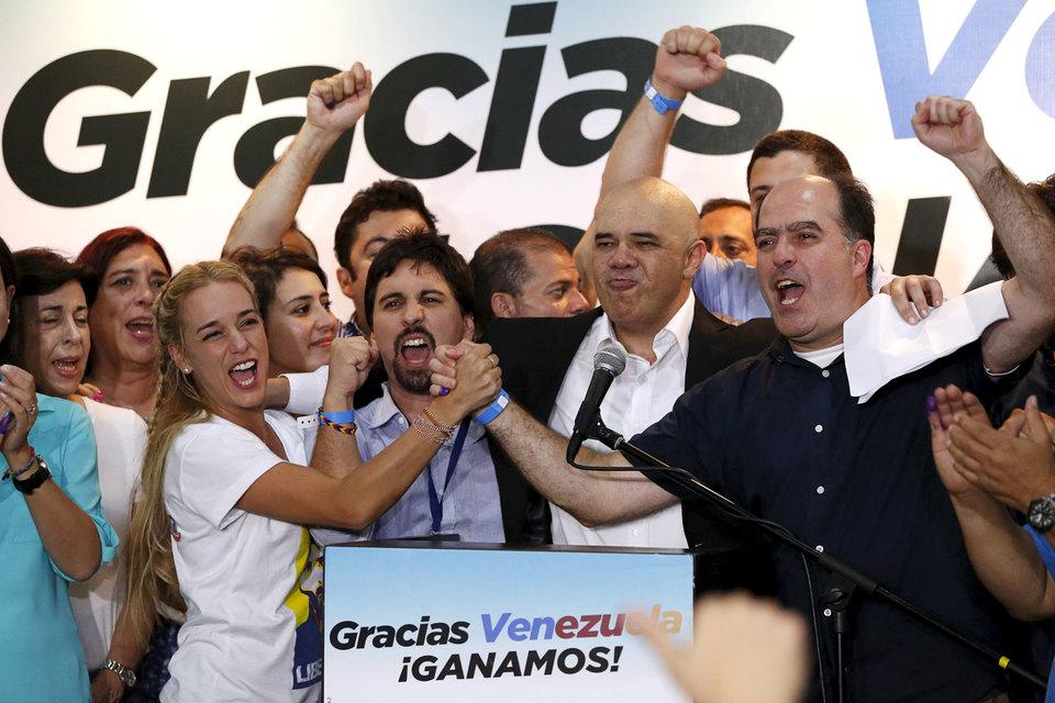 Оппозиция получит как минимум 99 мест из 167 в Национальной ассамблее Венесуэлы