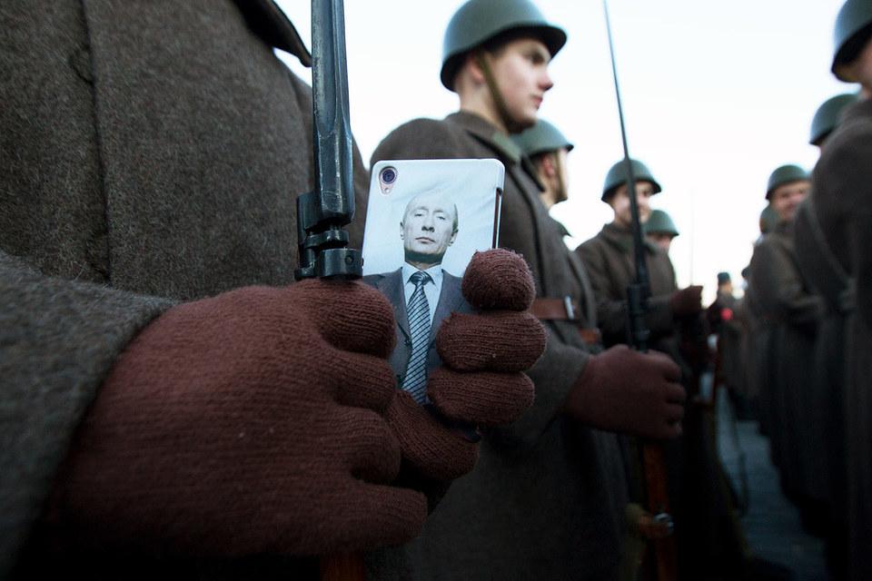 Пресс-секретарь президента Дмитрий Песков заверил, что никаких ограничений для мессенджеров вводить не планируется