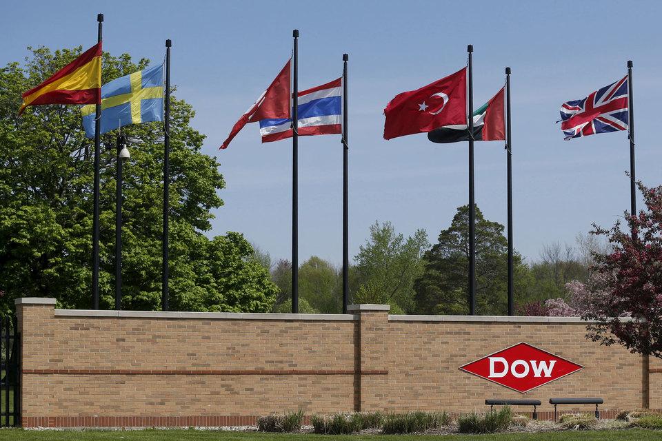 Старейшие компании США ведут переговоры о слиянии