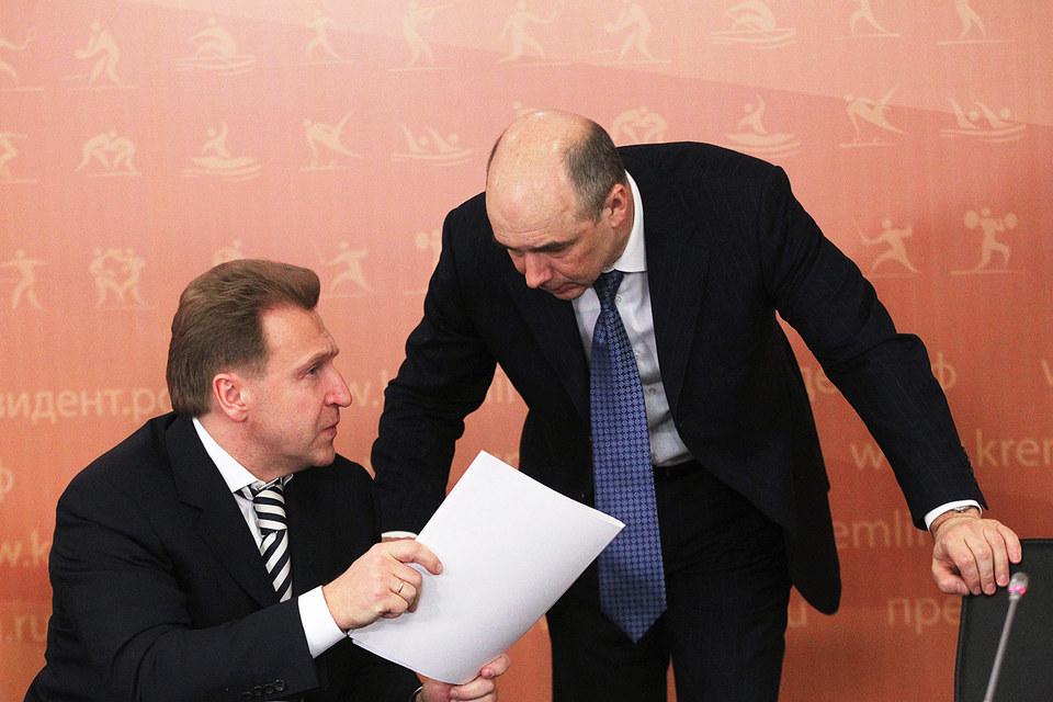 Министр финансов Антон Силуанов (на фото справа) предложил первому вице-премьеру Игорю Шувалову новый план спасения ВЭБа