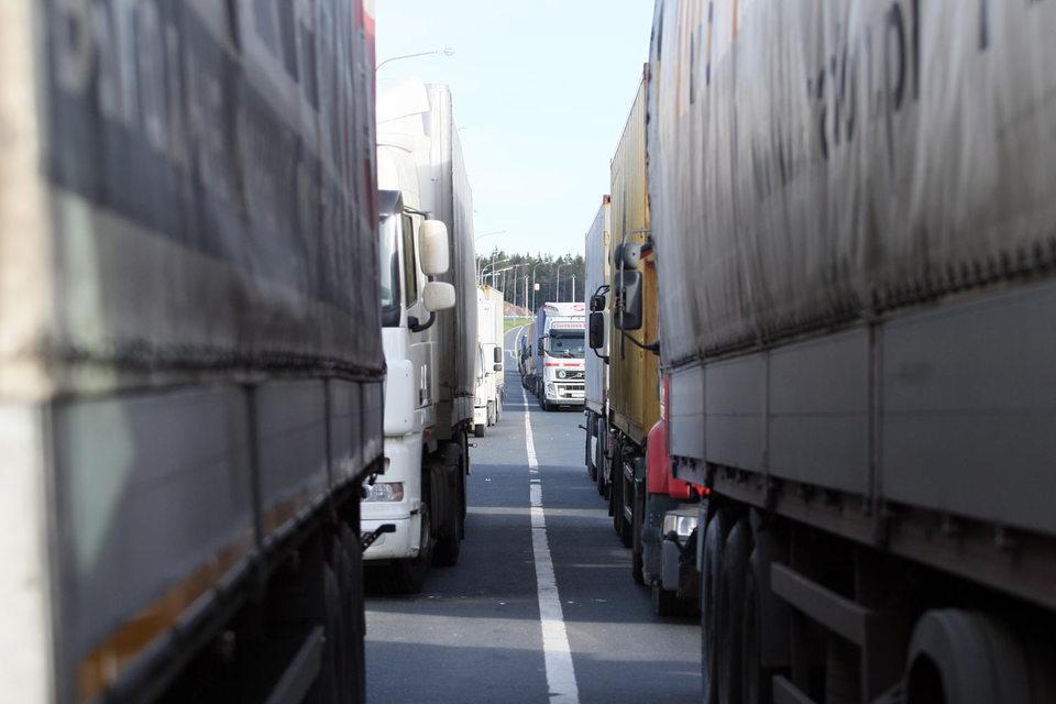 Автопроизводители, производители холодильников и трансформаторов из Санкт-Петербурга не могут дождаться грузов из Турции