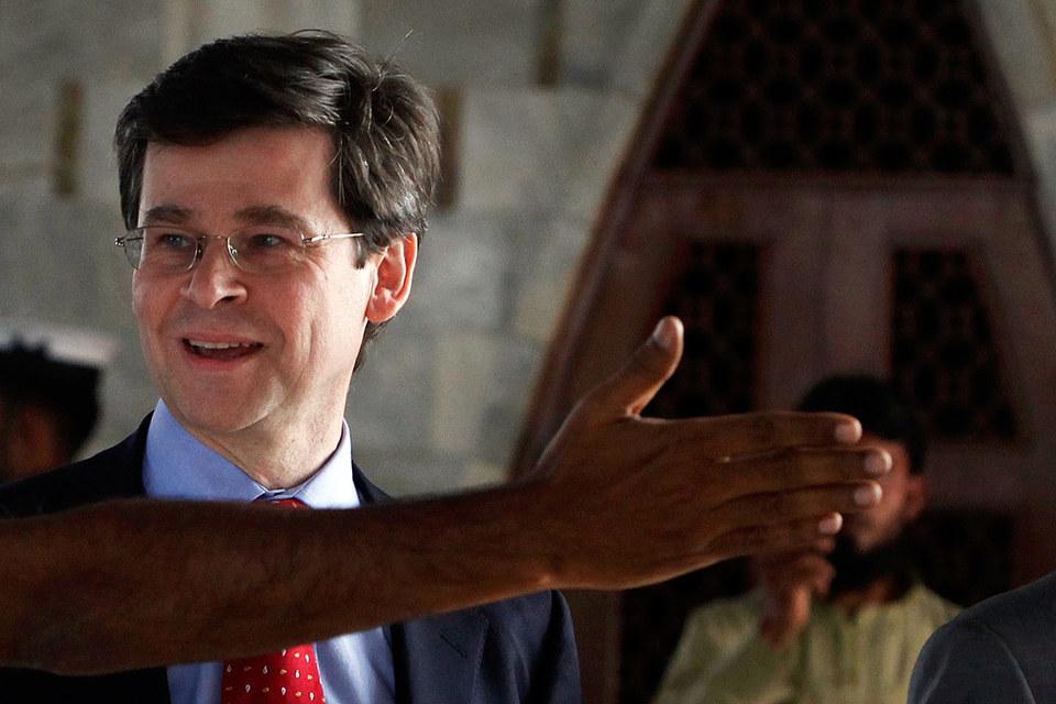 Постоянный представитель Великобритании в НАТО Адам Томсон