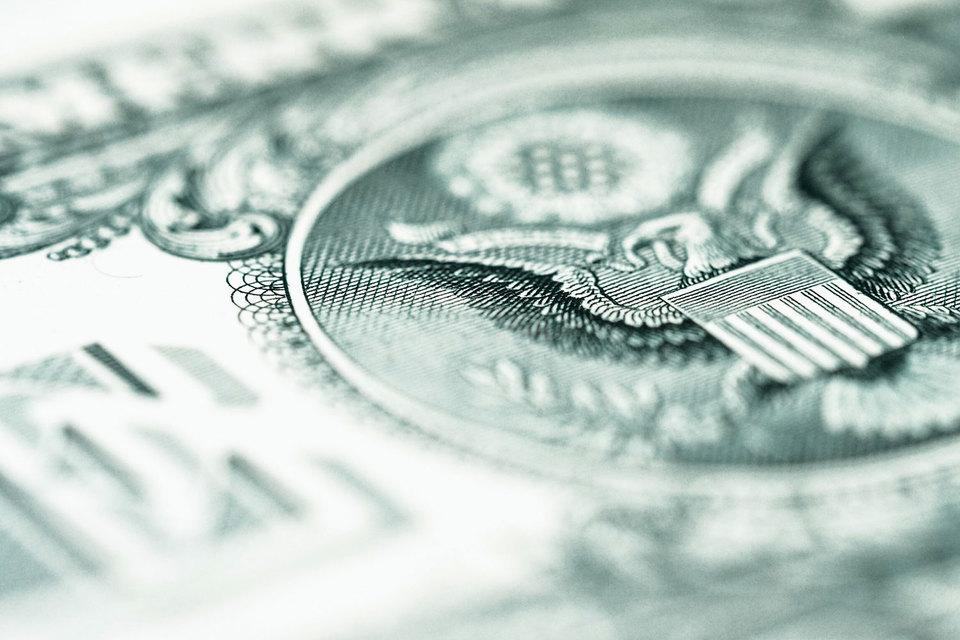 Рынок долго предпочитал не замечать проблем «мусорных облигаций», где уже начались дефолты. И хотя кризис может быть глубоким, он останется локальным