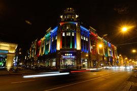 В 2014 г. в «Военторге» открыл флагманский магазин крупнейший ритейлер товаров для детей в России – «Детский мир»