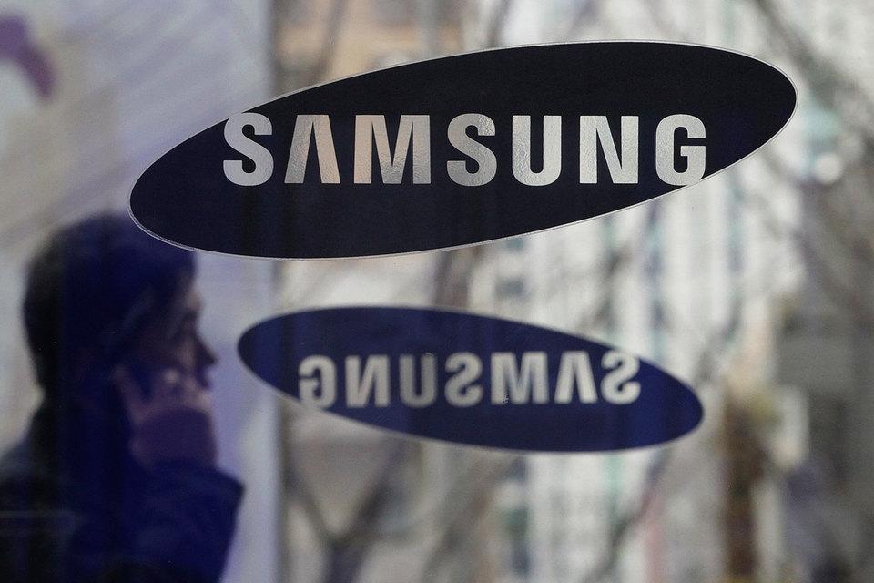 Samsung попросил Верховный суд США дать ему возможность обжаловать решение о выплате штрафа в $930 млн за нарушение патентов Apple
