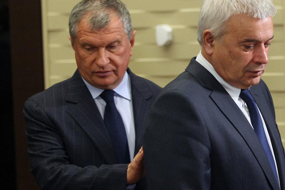 «Роснефть» Игоря Сечина (слева) обошла на торгах «Лукойл» Вагита Алекперова (справа)