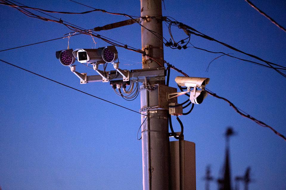 Госдума решит, давать ли департаменту транспорта Москвы права на взимание штрафов с помощью фотовидеофиксации