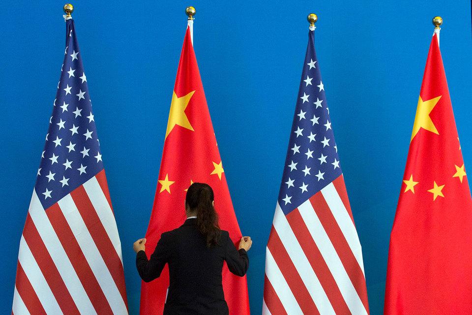 Китайское правительство вызвало для разъяснений поверенного в делах США и пообещало наложить санкции на американские компании Raytheon и Lockheed Martin