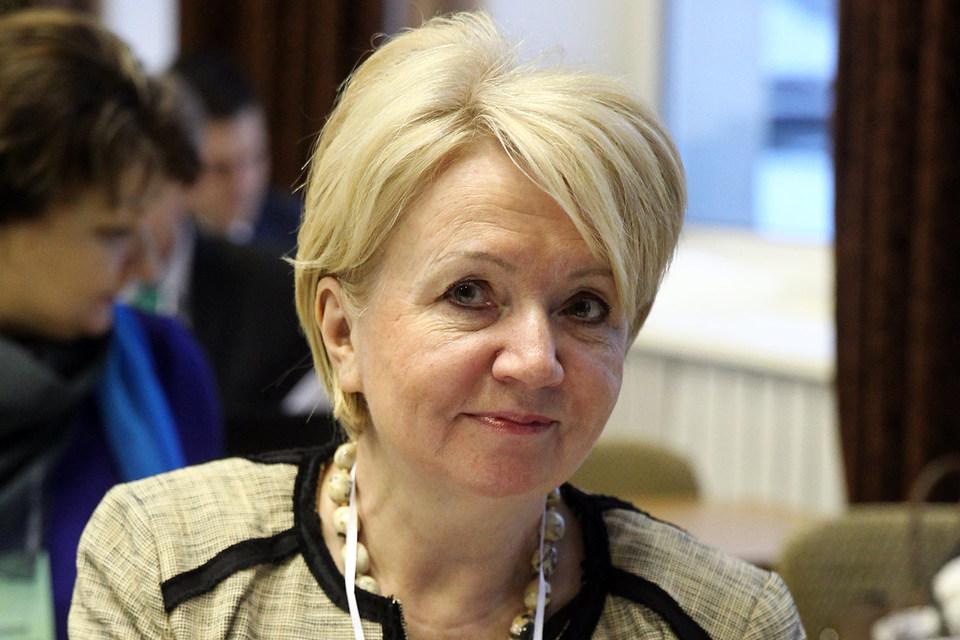 Член законодательного собрания Карелии Эмилия Слабунова избрана председателем партии «Яблоко»