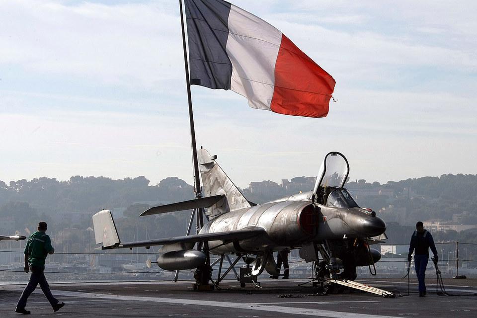 Авианосец «Шарль де Голль» ВМС Франции