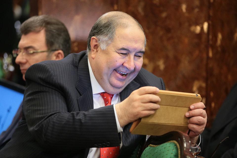 Усманов стал единственным владельцем холдинга «Коммерсантъ»