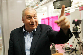 В следующем году Шишханов и Гуцериев (на фото) соберут 100% «МДМ банка»