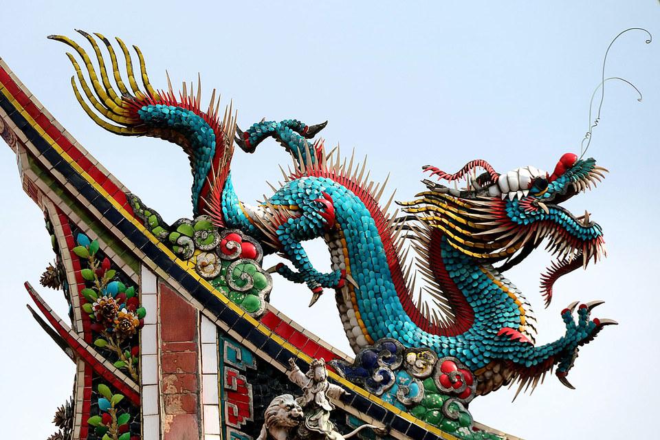Обвал на китайском фондовом рынке не помешал глобальным инвестбанкам заработать на азиатских IPO