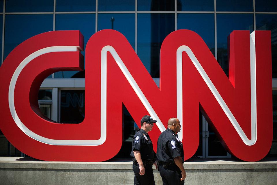 Помимо CNN в Turner входят каналы Cartoon Network, TBS, TNT, Adult Swim, Boomerang, TruTV и т. д.