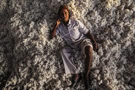 Масштабные проблемы в развивающихся странах могут оказаться третьей волной мирового финансового кризиса