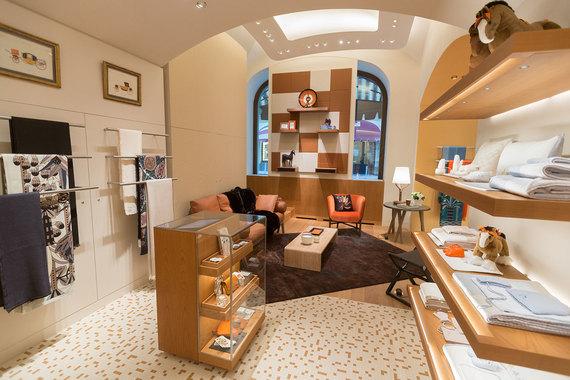 880f9aa0810d Новый магазин Hermes в ГУМе площадью 740 кв. м – второй по величине в Европе