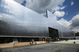 Новое здание музея современного искусства «Гараж» – лучшее, что было построено в Москве за последние годы. Архитектор Рэм Колхас показал, как надо беречь прошлое