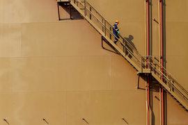 Ожидавшейся ребалансировки нефтяного рынка после обвала в 2014 г. не произошло