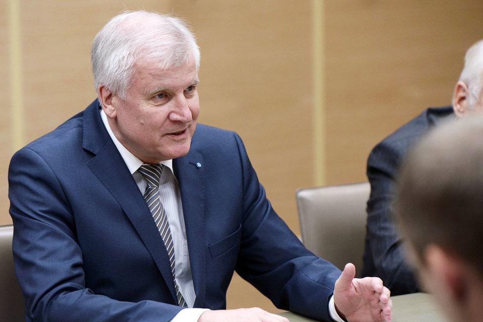 Премьер-министр Баварии Хорст Зеехофер встретился в Москве в том числе и с Владимиром Путиным