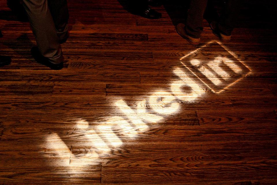 LinkedIn подешевела вдвое