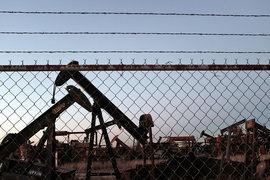 Прибыль нефтяных компаний падает вслед за ценами на нефть
