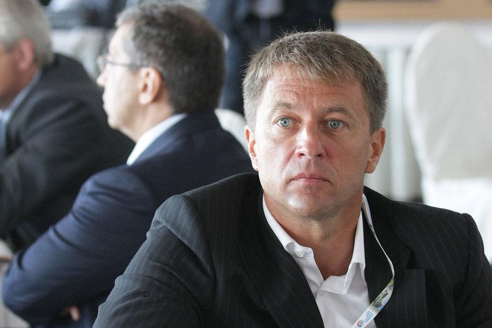 Акции Luxoft недавно продавал и гендиректор компании Дмитрий Лощинин