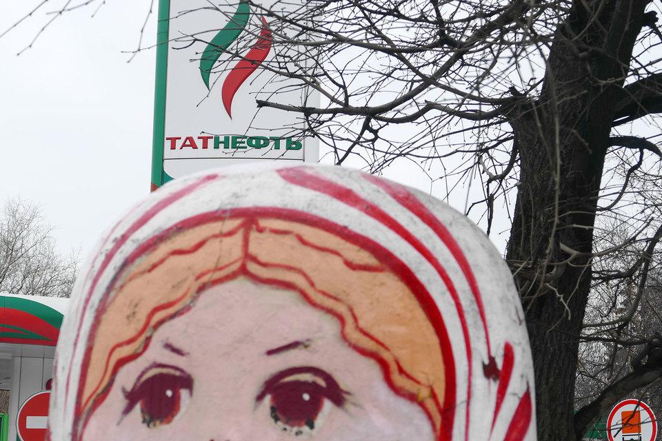 В «Татнефти» республика Татарстан через «Связьинвестнефтехим» владеет 30,44%, следует из данных СПАРК