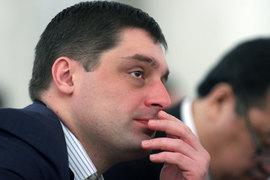 Совладелец группы «Бин» Микаил Шишханов профинансировал деньгами своих пенсионных фондов подконтрольную ему лизинговую компанию «Европлан»