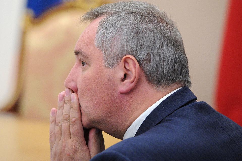 Черногория закрыла Рогозину въезд в страну