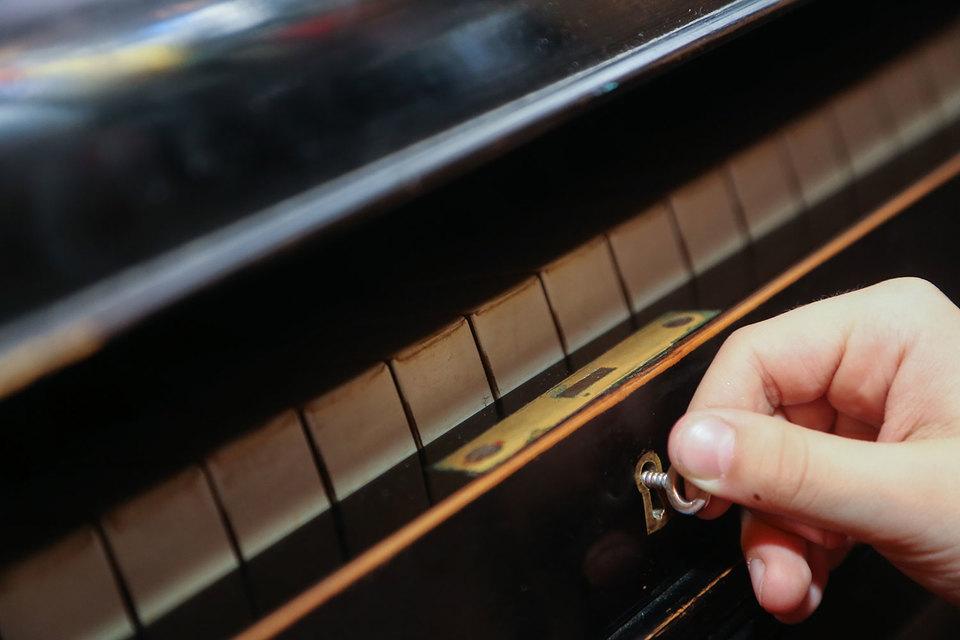 Стартап по настройке пианино нанимает энтузиастов