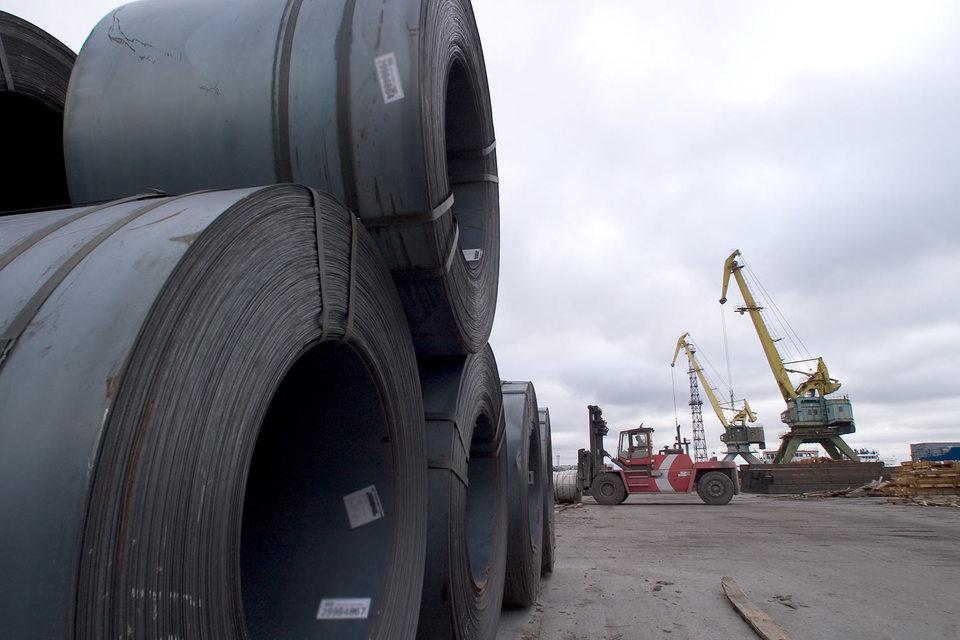 Еврокомиссия установила предварительные 26%-ные пошлины на холоднокатаный прокат из России