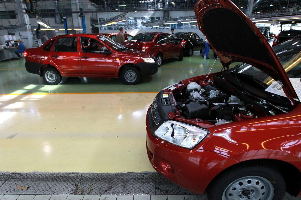 Аудитор «АвтоВАЗа» EY усомнился, что завод, убыток которого в прошлом году утроился, способен вести непрерывную деятельность