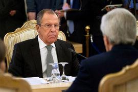Модальности перемирия в Сирии будут разработаны группой под сопредседательством России и США, сообщили в пятницу главы внешнеполитических ведомств Сергей Лавров и Джон Керри