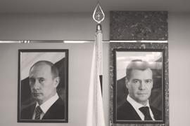 Выступление Дмитрия Медведева на Мюнхенской конференции по безопасности символически продолжает речь Владимира Путина девять лет назад там же