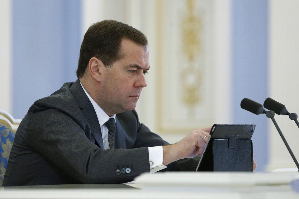 Дмитрий Медведев обнаружил, что блокировка Rutracker не работает
