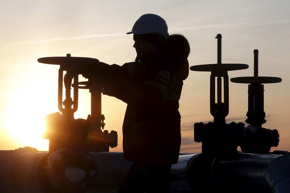 России будет несложно выполнить обязательства по ограничению добычи нефти