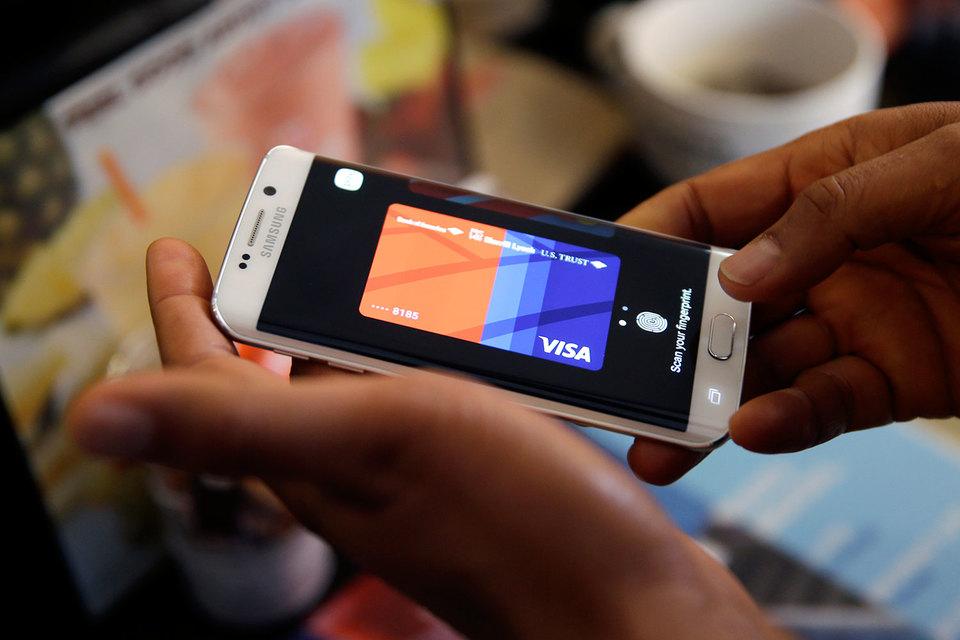 Преимуществом Samsung Pay аналитики Morgan Stanley считают поддержку сразу двух технологий