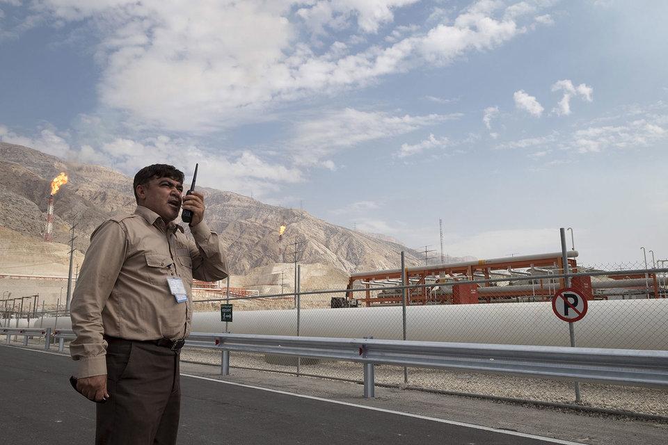 Представители ОПЕК в Тегеране пока не смогли убедить Иран присоединиться к соглашению по ограничению нефтедобычи