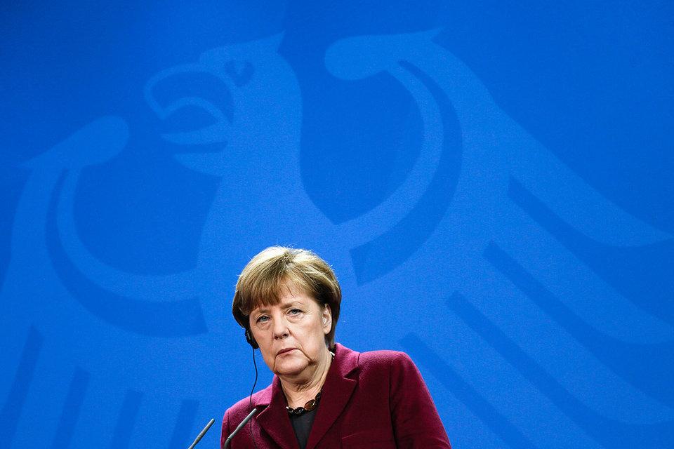 Ангела Меркель под ударом