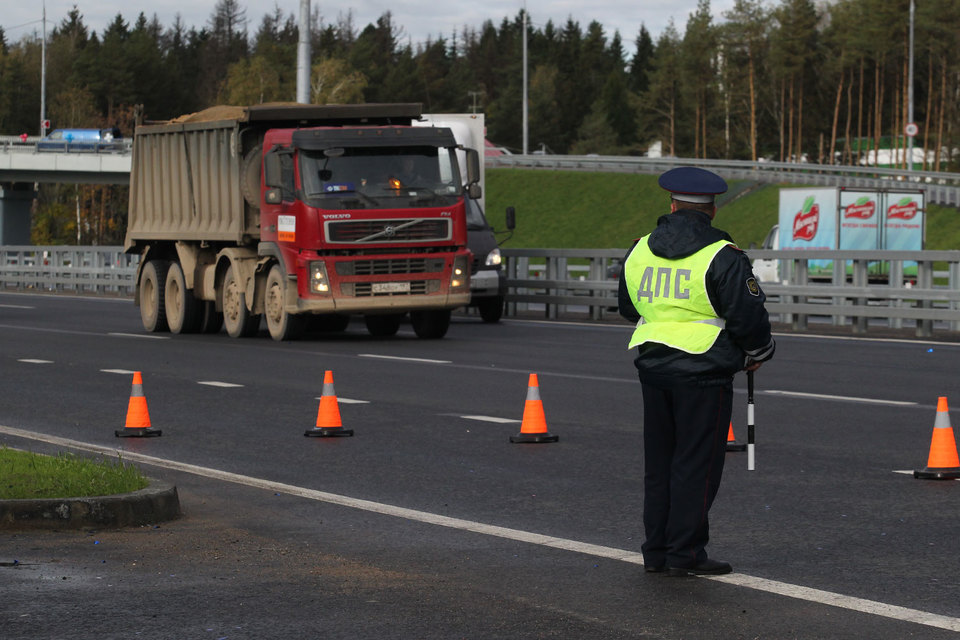 Госдума предлагает регионам поделиться с муниципалитетами доходами от штрафов за нарушение правил дорожного движения