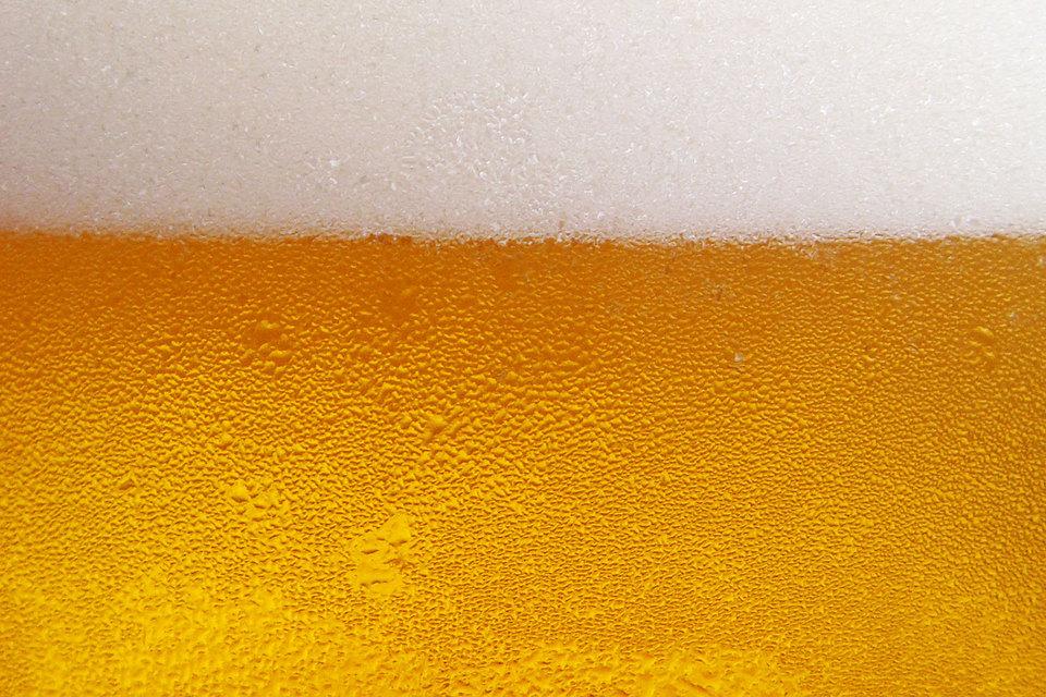 Мини-пивоварни вынуждены подключаться к ЕГАИС, хотя такой нормы в законе нет. Депутаты обещают исправить недочет