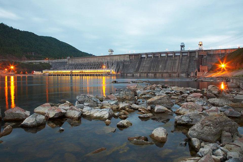 Первый этап модернизации предполагает замену оборудования на трех крупнейших сибирских ГЭС компании – Красноярской (на фото), Братской и Усть-Илимской