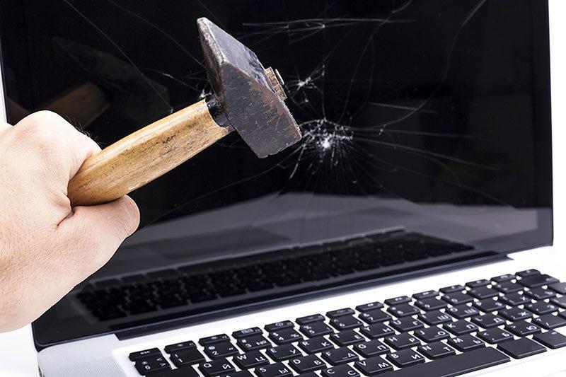 Суд приговорил компьютер и мышь к уничтожению