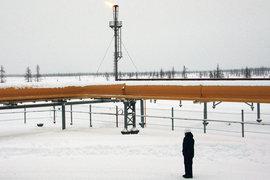 Цены на нефть лихорадит из-за нежелания производителей сокращать добычу
