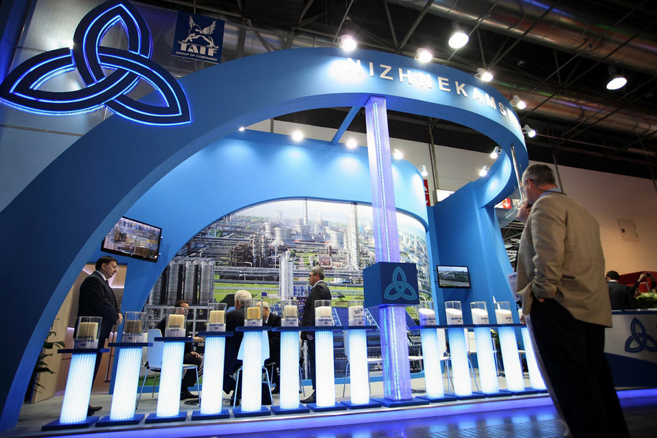 В начале февраля Татарстан включил в план приватизации 22% «Нижнекамскнефтехима» (НКНХ), 9% «Танеко» и 4,3% «Татнефти»
