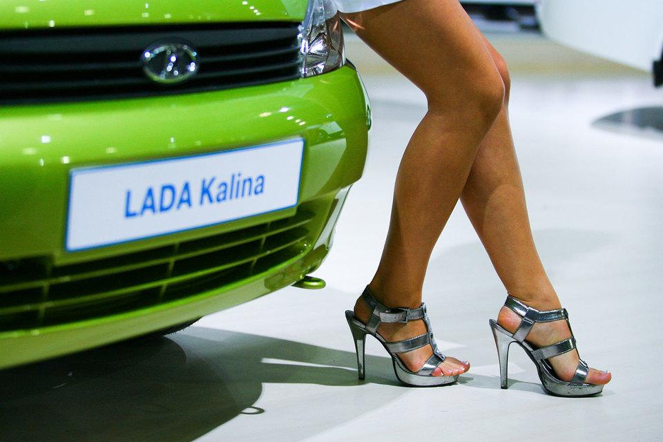 «АвтоВАЗ» решил поддержать продажи Lada Granta и Kalina дополнительной скидкой
