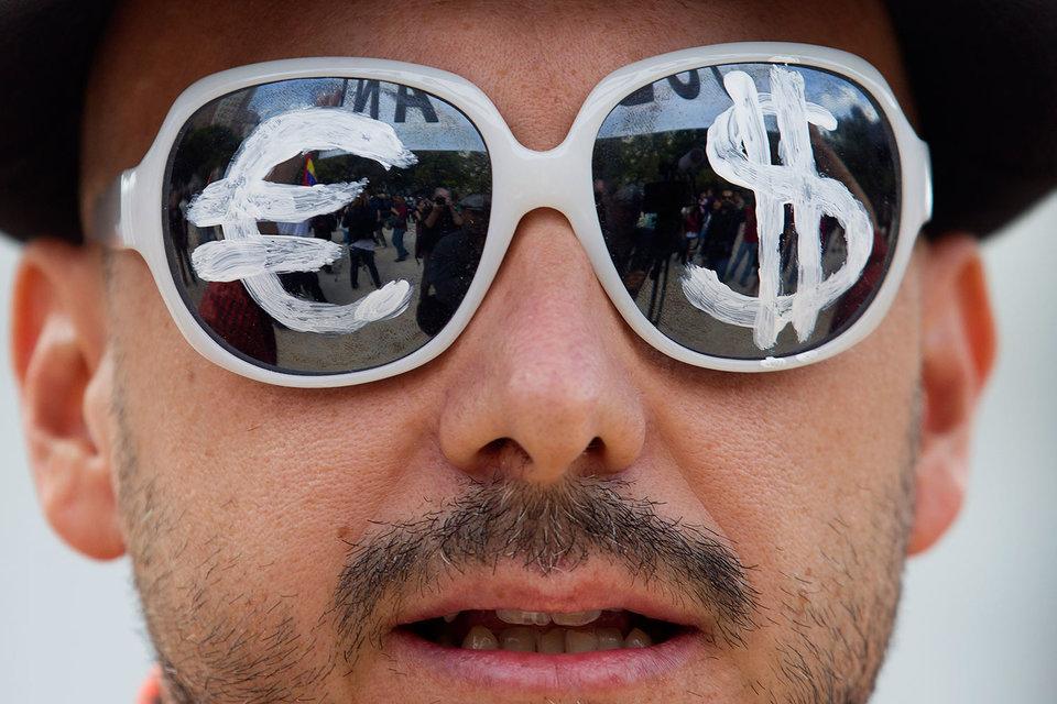 В 2015 г. в мире было 13,26 млн миллионеров, включая 1919 миллиардеров