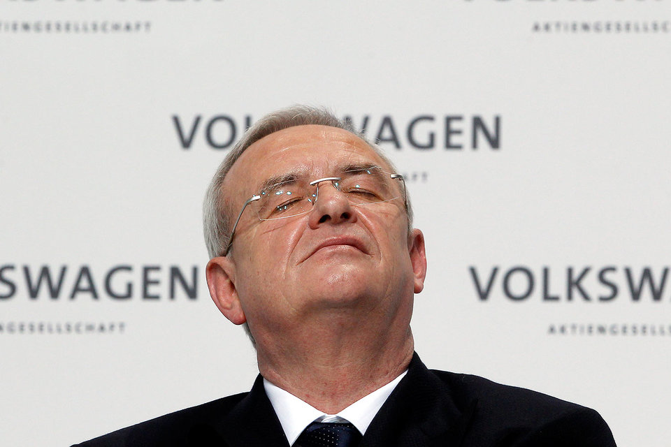 Мартин Винтеркорн мог не заметить предупреждения о проблемах с дизельными двигателями, утверждает VW