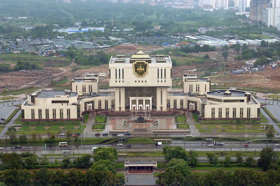 Фундаментальная библиотека на новой территории МГУ